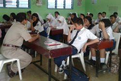 Hak 57 Siswa SMA Negeri 10 Terbuka Dijamin Sama