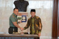 Mendikbud dan Panglima TNI Tanda Tangani Nota Kesepahaman Kerja Sama Pendidikan dan Kebudayaan