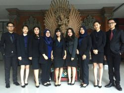 UNAIR-UI Wakili Indonesia di Ajang Kompetisi Peradilan Semu