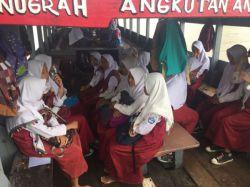 Kepsek dan Guru di Bekasi Jaminkan SK Demi Kapal Jemputan Murid