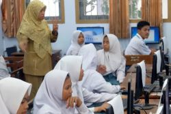 Selama Ramadan Jam Belajar SMK/SMA di Jember Dipersingkat