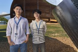 Dua Mahasiswa ITB Jadi Delegasi Penelitian Fisika Internasional