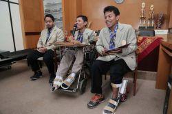 Tiga Mahasiswa UGM Ciptakan Sepatu Pencegah Kontraktur Kaki