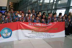 Pelajar SD Indonesia Boyong 23 Medali pada Olimpiade Matematika dan Sains Internasional