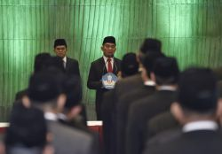 Mendikbud Lantik 128 Pejabat Administrator, Pengawas, dan Fungsional