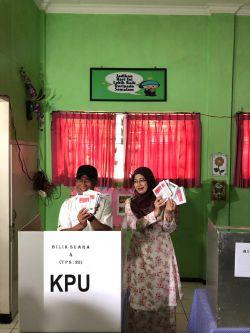 Mencoblos di Malang, Mendikbud Titip Pesan Agar Pemerintah Daerah Terapkan Zonasi