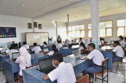 Kemendikbud: Rata-Rata Nilai UN SMA/Sederajat Meningkat