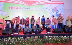 Jawa Tengah Raih Juara Umum Lomba Festival Literasi Sekolah Tingkat SMA pada FLS 2019