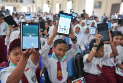 Program Digitalisasi Sekolah Akan Didukung dengan Peningkatan Kompetensi Guru