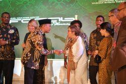 Keindahan Batik di Mata Para Diplomat Negara Sahabat